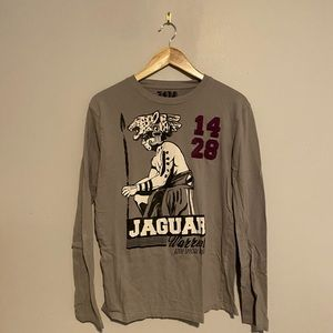 Zara Jaguar Warrior long sleeve in Gray Sz L